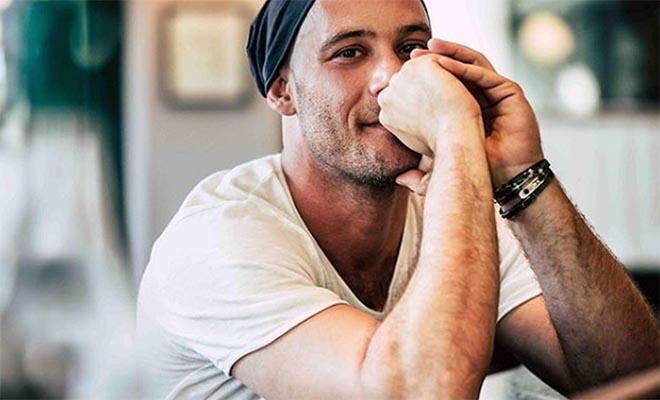 Αντίνοος Αλμπάνης: Πανελλήνια συγκίνηση για τον ηθοποιό – Διαγνώστηκε με καρκίνο