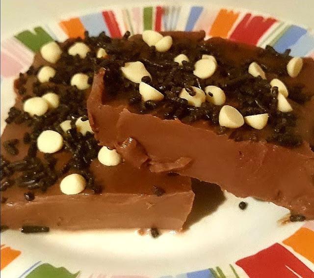 Γλυκάκι με σοκολάτα μόνο με 2 υλικά!!!