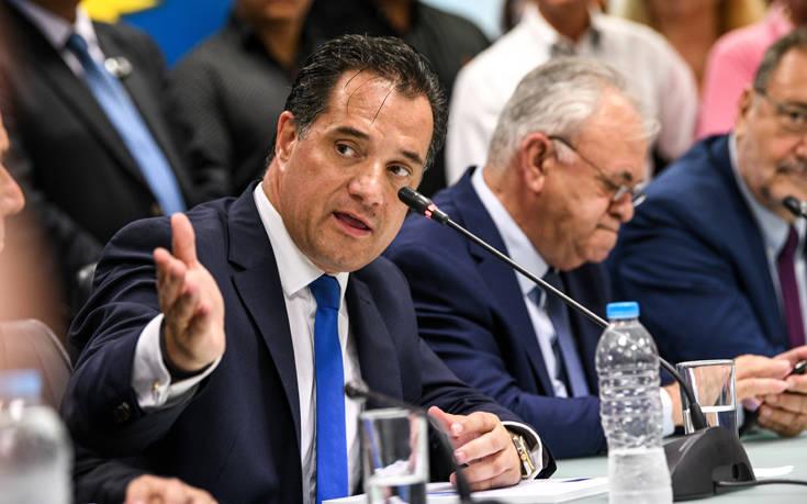 Νωρίς νωρίς στο υπουργείο Ανάπτυξης ο Άδωνις Γεωργιάδης