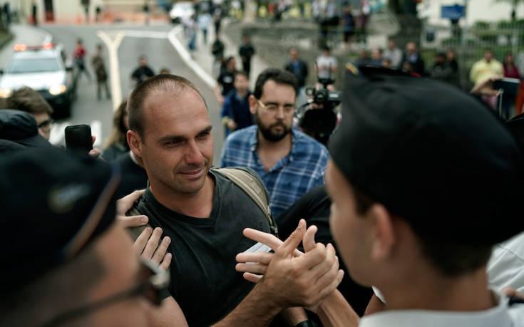 Ο Ζαΐχ Μπολσονάρου πρότεινε στον γιο του τη θέση του πρεσβευτή της Βραζιλίας στις ΗΠΑ