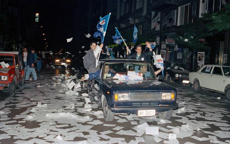 Εκλογές: Τα προεκλογικά συνθήματα που έδωσαν παλμό στις εκλογές