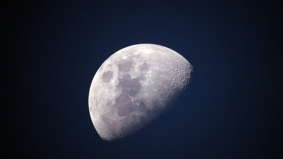 Μαύρη Σούπερ Σελήνη: Τι είναι αυτό που θα δούμε απόψε στον ουρανό