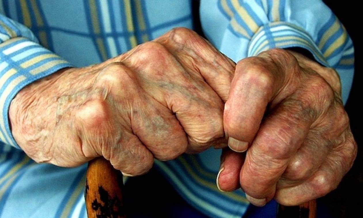 Εύβοια: Έδεσαν και λήστεψαν ηλικιωμένο