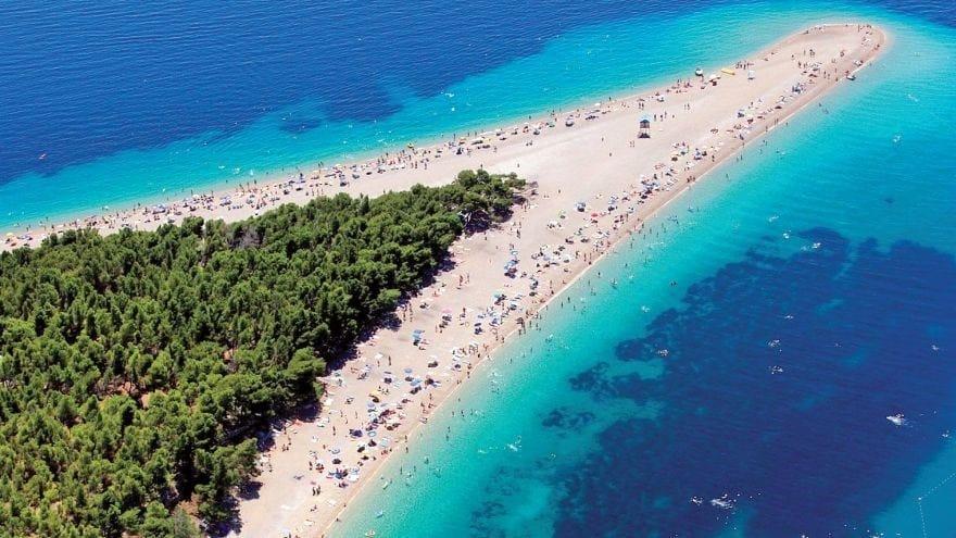 Δύο ελληνικές στις 50 καλύτερες παραλίες του κόσμου για το 2019