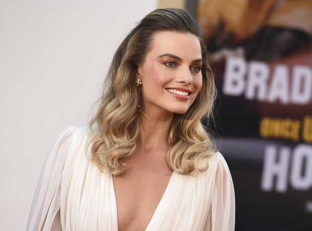 "Margot Robbie: Τα looks της στις πρεμιέρες του ""Once Upon a Time in Hollywood"" είναι όλα »to die for»"