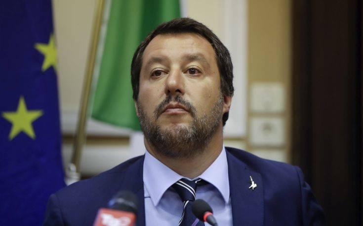 Ο Σαλβίνι πιέζει για εκλογές το ταχύτερο δυνατό