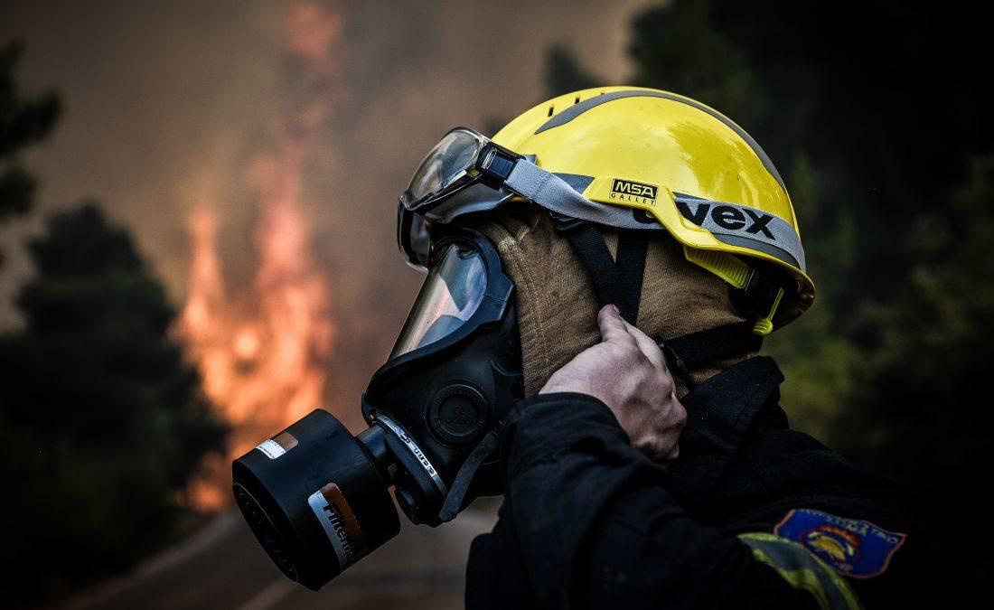 Μεγάλη φωτιά στη Μεγαλόπολη: Ενισχύονται οι δυνάμεις της Πυροσβεστικής