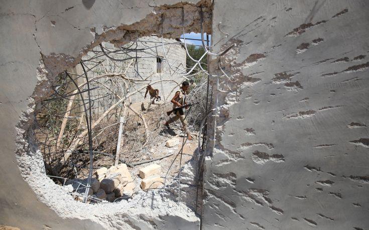 Λιβύη: Τρία μέλη της αποστολής του ΟΗΕ σκοτώθηκαν σε βομβιστική επίθεση σε αυτοκίνητο