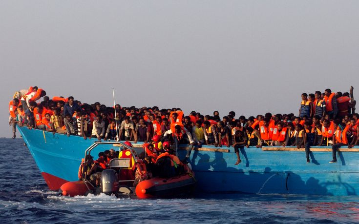 Ιταλία: 163 μετανάστες αποκλεισμένοι σε δύο διασωστικά πλοία