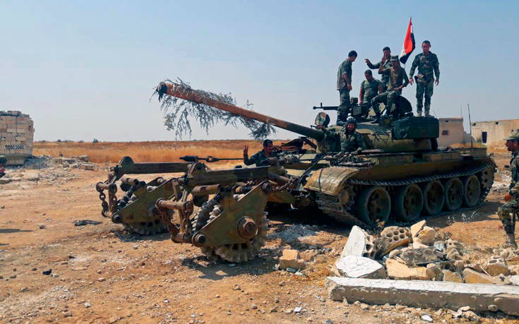 Κουρδικές και συριακές δυνάμεις απομακρύνονται από τα σύνορα με την Τουρκία