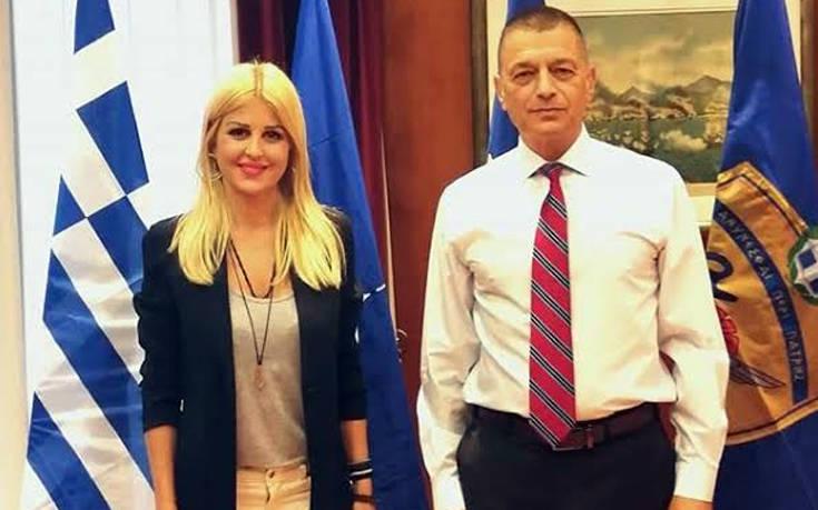 Η Έλενα Ράπτη στο υπουργείο Εθνικής Άμυνας
