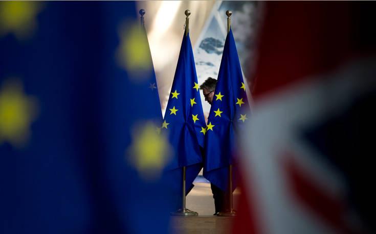 Η EE κάλεσε τη Βρετανία να καταθέσει νέες προτάσεις για το Brexit το ταχύτερο δυνατό