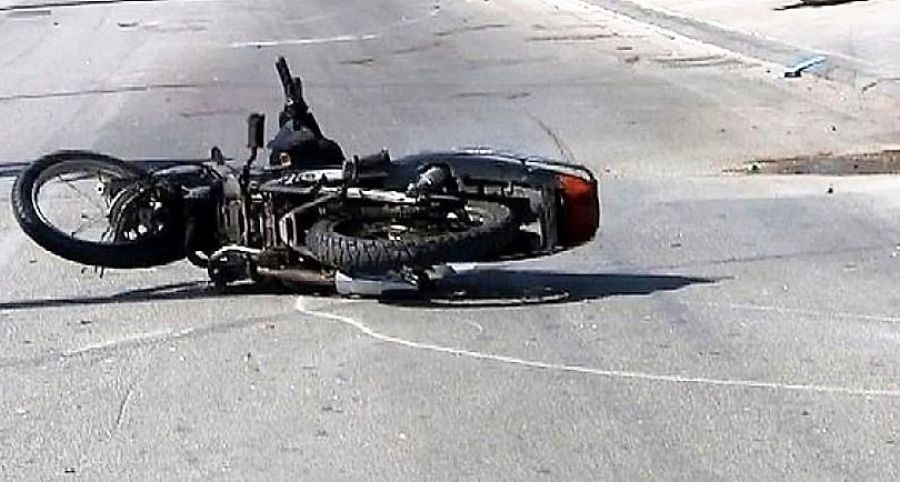 Θεσσαλονίκη: Νεκρός 29χρονος μετά από σύγκρουση μοτοποδήλατου με φορτηγάκι