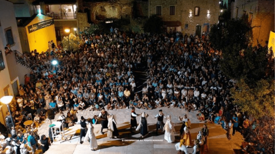 Χίος: Καταγγελία για απόπειρα απαγωγής ανηλίκου στη Γιορτή Μαστίχας