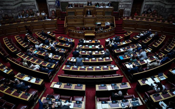 Σύγκρουση αύριο στη Βουλή για τις σχέσεις Κράτους και Εκκλησίας
