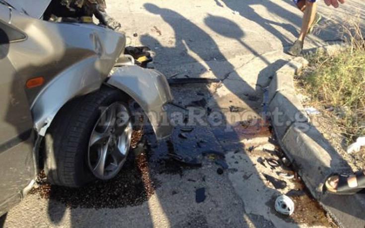 Βόλτα θανάτου με το αυτοκίνητο για 18χρονο στη Θήβα