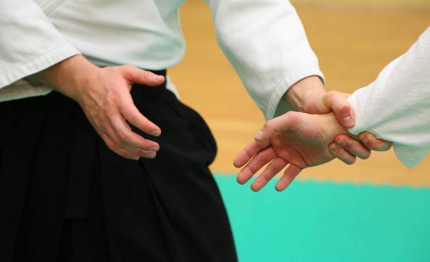Μαθήματα αυτοάμυνας για εφοριακούς ξεκινά η ΑΑΔΕ