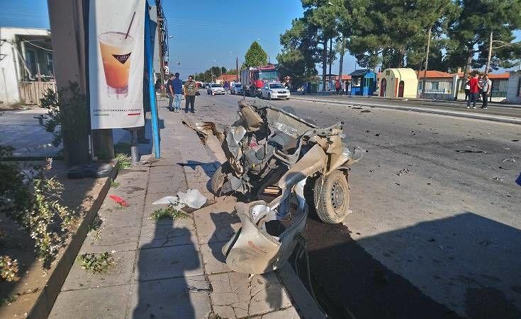 Θεσσαλονίκη: Σοκαριστικές εικόνες από το τροχαίο στον Άγιο Βασίλειο