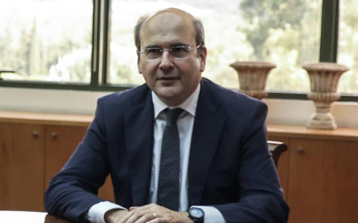 Χατζηδάκης: Αντί να απολογούνται για τη ΔΕΗ, παριστάνουν και τους εισαγγελείς