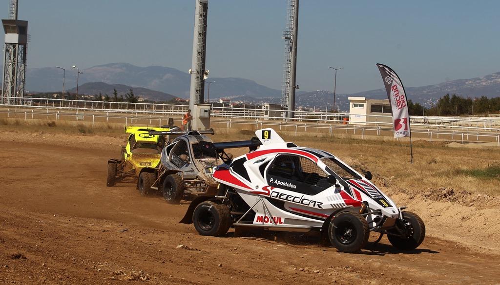 Εντυπωσιακές μάχες στον Ιππόδρομο Αθηνών στο ΕΚΟ Racing Dirt Games