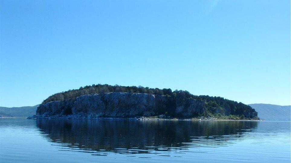 Δύο ελληνικές ανάμεσα στις ωραιότερες λίμνες του κόσμου