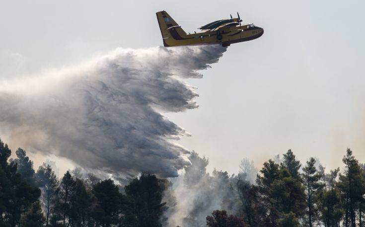 Yπό ύφεση η φωτιά στους Καλαφατιώνες Κέρκυρας