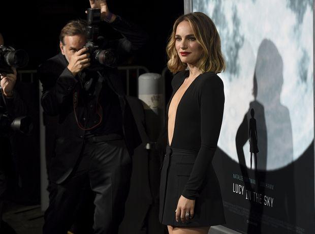 H συγκλονιστικά σeξι εμφάνιση της Natalie Portman. Υποκλινόμαστε