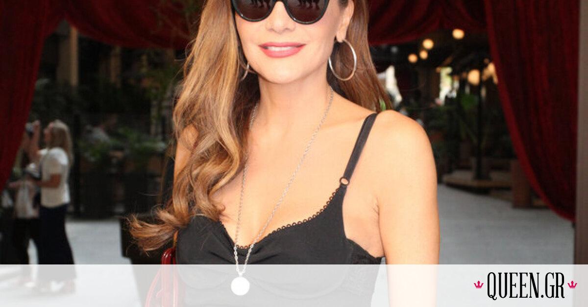 H χθεσινή εμφάνιση της Δέσποινας Βανδή θα σε κάνει να δεις με άλλο μάτι το «μικρό μαύρο φόρεμα»