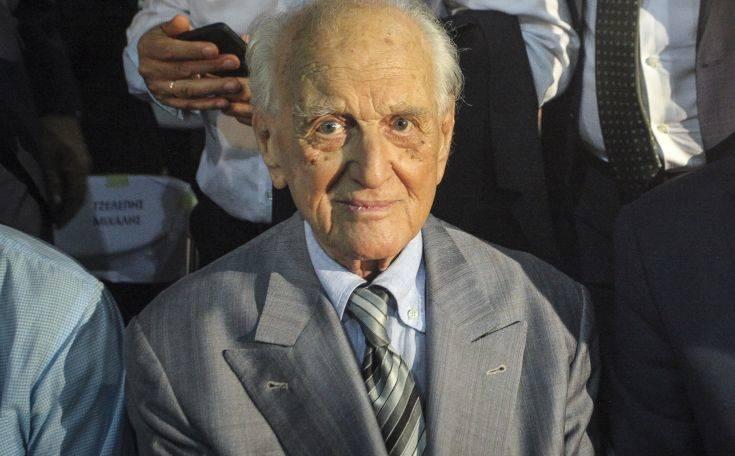 Έφυγε από τη ζωή το ιστορικό στέλεχος του ΠΑΣΟΚ Αντώνης Λιβάνης
