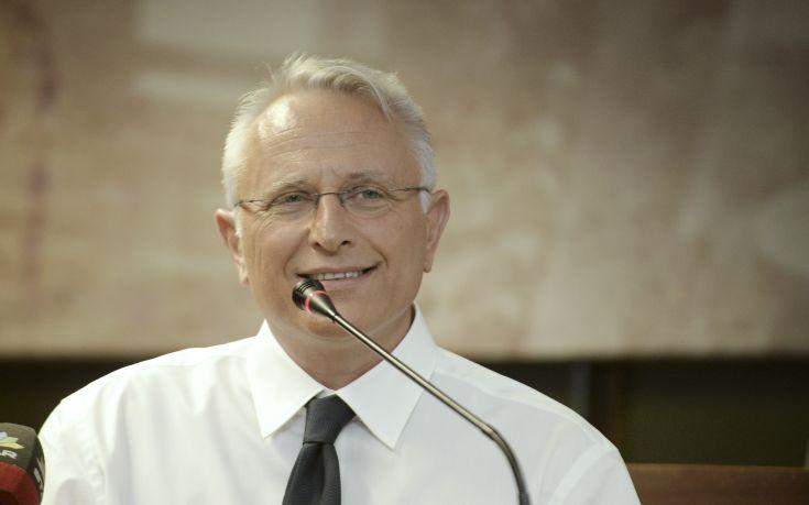 Γιάννης Ραγκούσης: Ο πρωθυπουργός ας φροντίσει την καθαριότητα των ΑΤ