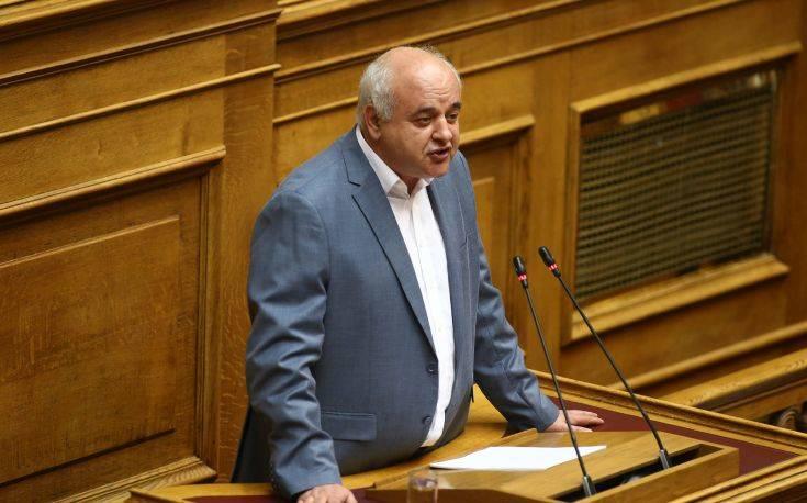 Καραθανασόπουλος: Θα διατηρηθεί η φορολογική επιβάρυνση των λαϊκών στρωμάτων