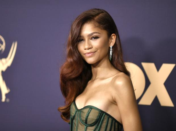 Emmy Awards 2019: Οι καλύτερες εμφανίσεις από ένα red carpet που του έλειπε η λάμψη