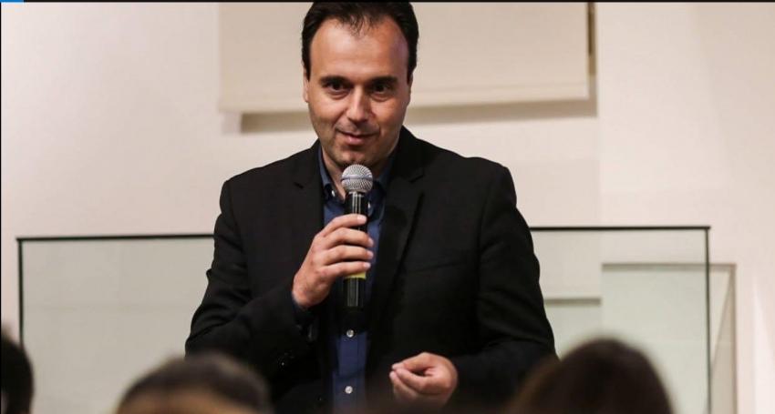 O δήμαρχος Τρικάλων ζήτησε συγγνώμη και χάρισε 4 μήνες δωρεάν νερό σε δημότες επειδή καθυστέρησε έργα (εικόνα)