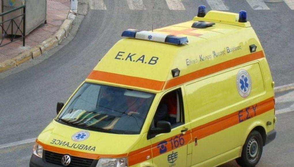 Τραγωδία με μία νεκρή στην Ημαθία: Φορτηγό έπεσε σε ΙΧ στη λωρίδα εκτάκτου ανάγκης