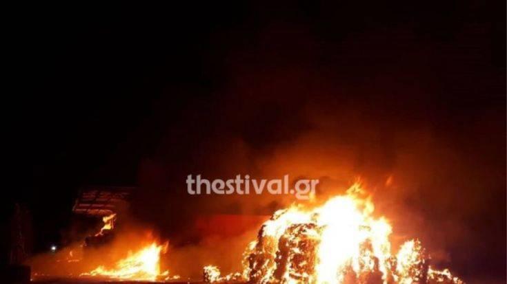 Φωτιά σε εταιρεία ανακύκλωσης μετάλλων στη Θεσσαλονίκη