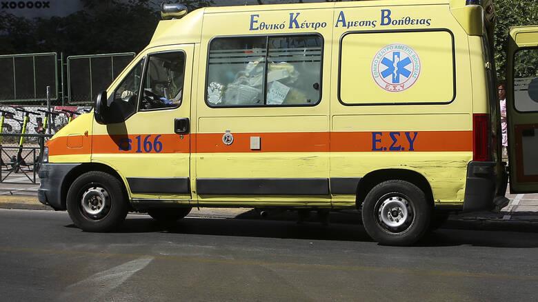 Ιωάννινα: Μωρό γεννήθηκε μέσα σε ασθενοφόρο