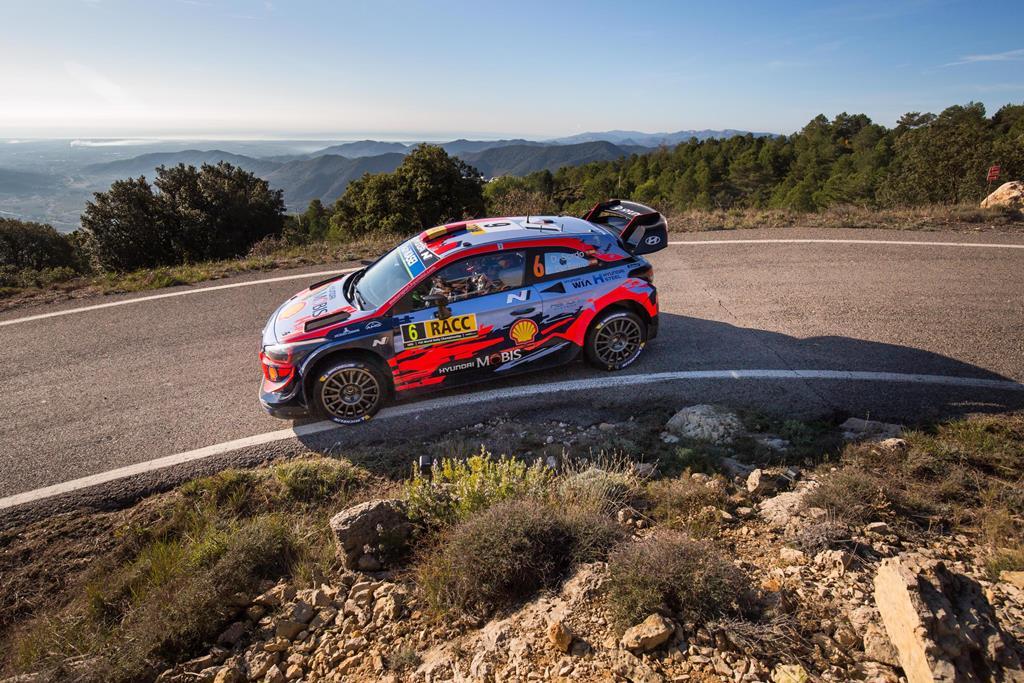 Νίκη για τη Hyundai στο Ράλι Ισπανίας