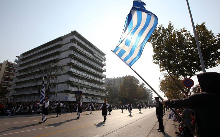 Εντυπωσιακή η στρατιωτική παρέλαση στη Θεσσαλονίκη για την επέτειο της 28ης Οκτωβρίου