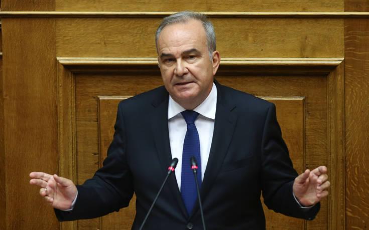 Παπαθανάσης κατά ΣΥΡΙΖΑ: Δεν θα μπούμε ποτέ στα χωράφια καμιάς ανεξάρτητης αρχής