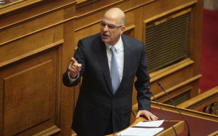 Δένδιας: Ο Ζάεφ εκμεταλλεύεται για άλλη μια φορά τα προβλήματα της συμφωνίας των Πρεσπών
