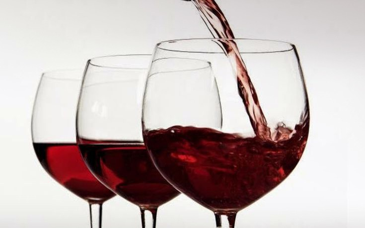 FT: Το εγκώμιο των ελληνικών κρασιών πλέκει διάσημη κριτικός οίνου