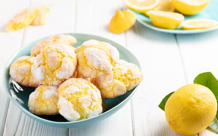 Φτιάξτε σπιτικά μπισκότα με λεμόνι