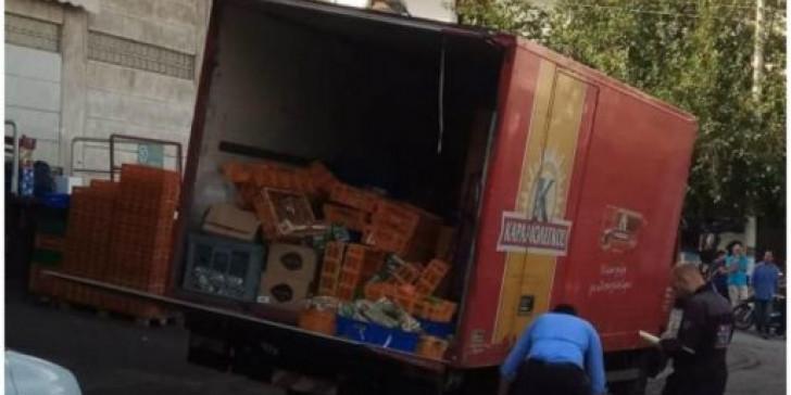 """Τροχαίο στην Ηλιούπολη: """"O οδηγός θυσιάστηκε για να μην πέσει το φορτηγό πάνω σε μαθητές"""""""