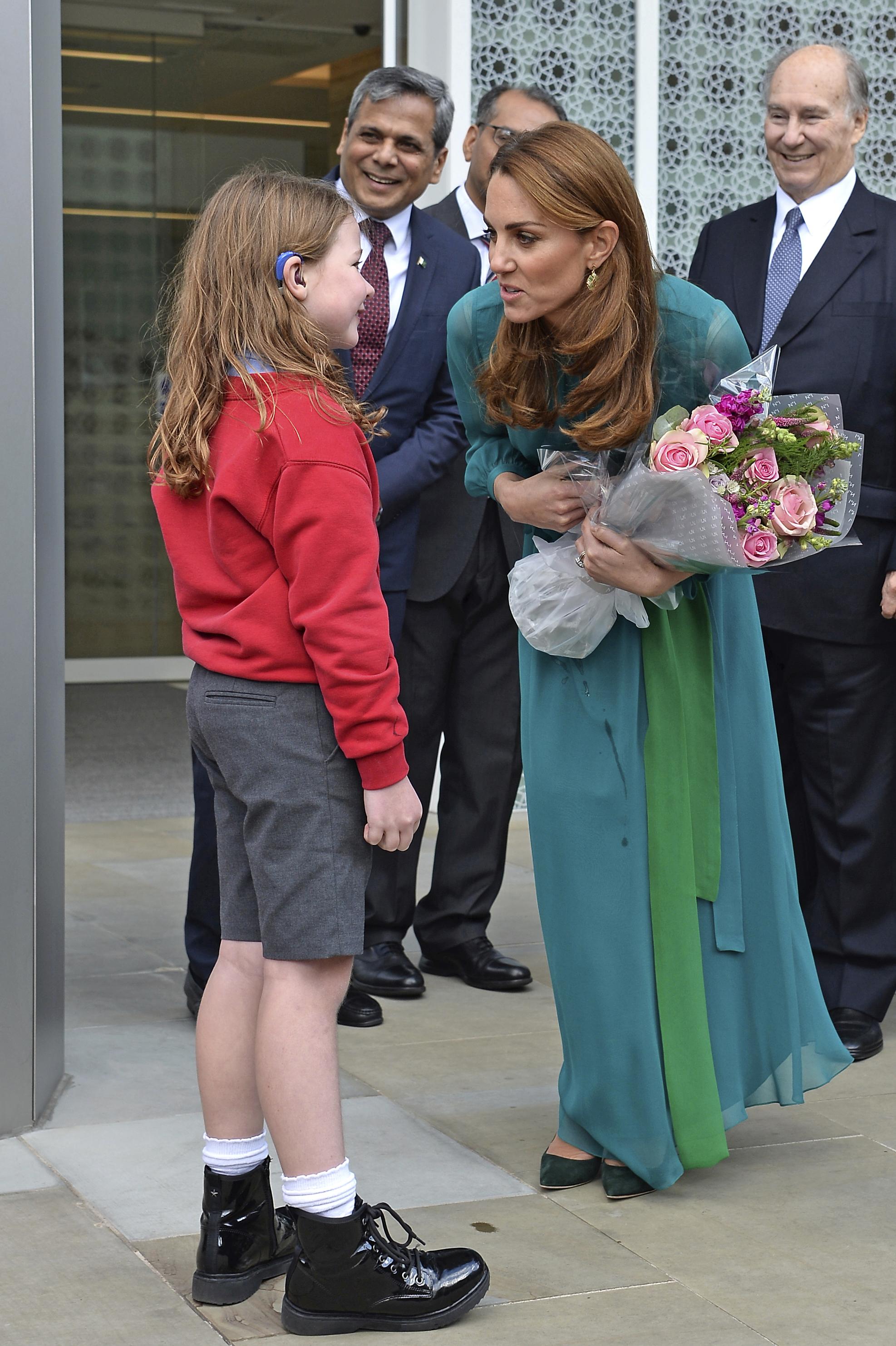 H Kate Middleton φόρεσε τα πιο ωραία σκουλαρίκια και κοστίζουν μόνο 6 Ευρώ!