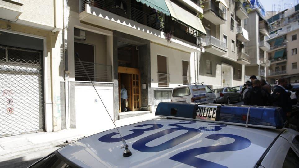 Βόλος: Κάνουν έξωση σε άνεργο πατέρα με 8χρονη κόρη για 1.120 ευρώ