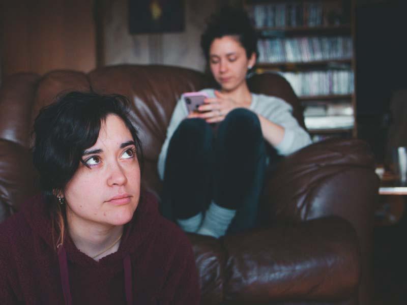 Όταν οι φίλοι αλλάζουν συμπεριφορά: Πότε είναι καλό να απομακρυνθείς;