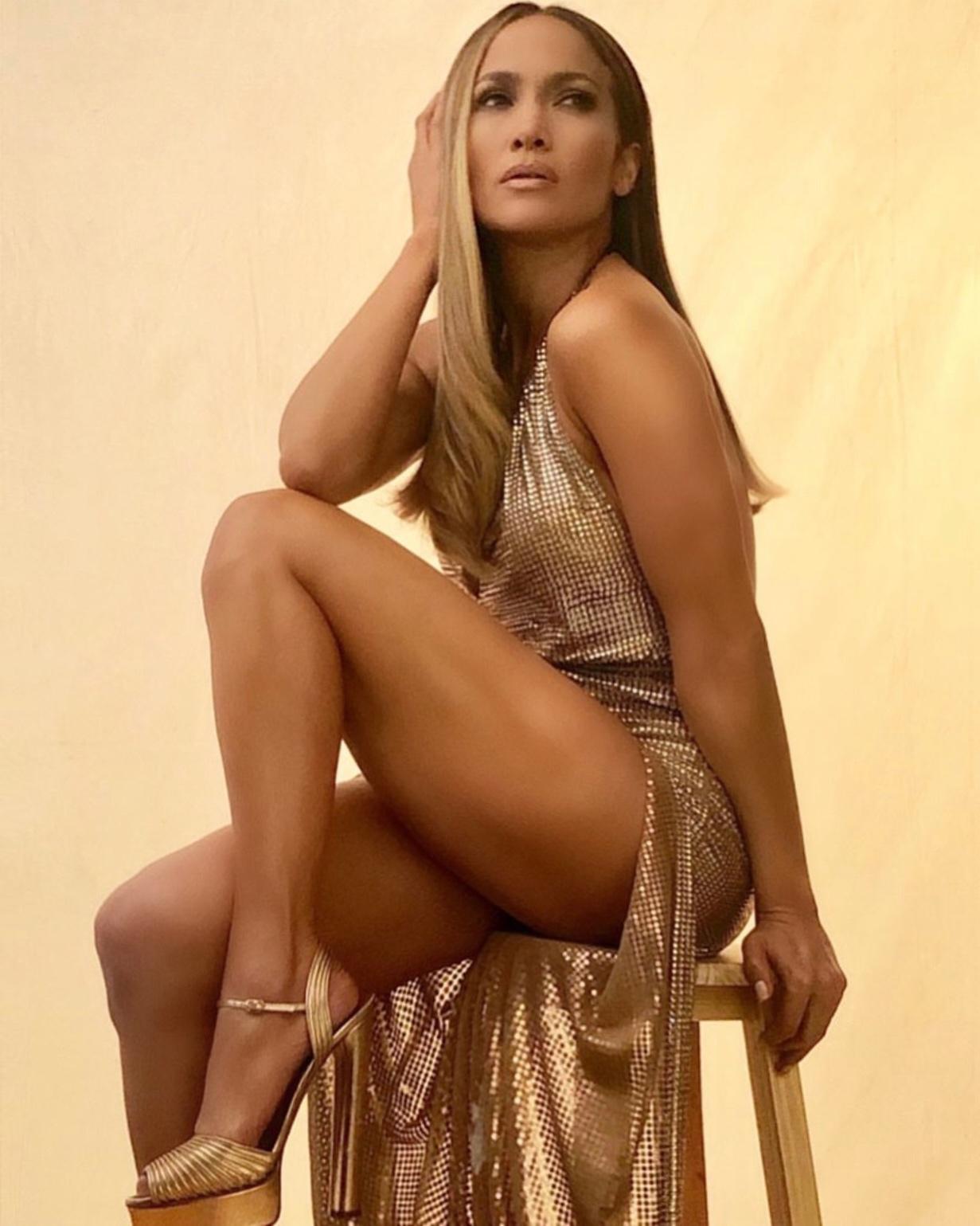 Η Jennifer Lopez φόρεσε Celia Kritharioti και ήταν απλά εκθαμβωτική