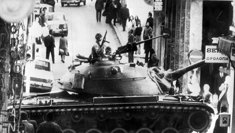 Το «πραξικόπημα της πιτζάμας»: η τελευταία στρατιωτική ενέργεια στην Ελλάδα