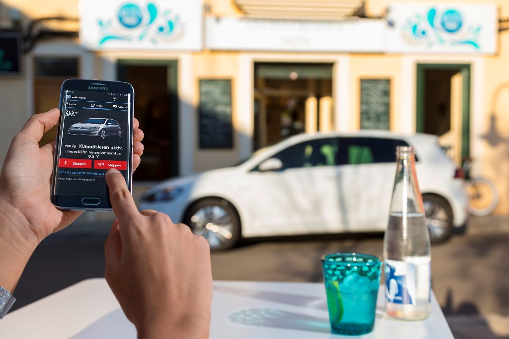 """Αποκλειστικά για τα ηλεκτρικά της μοντέλα η Volkswagen παρουσιάζει το """"e-bonus"""""""