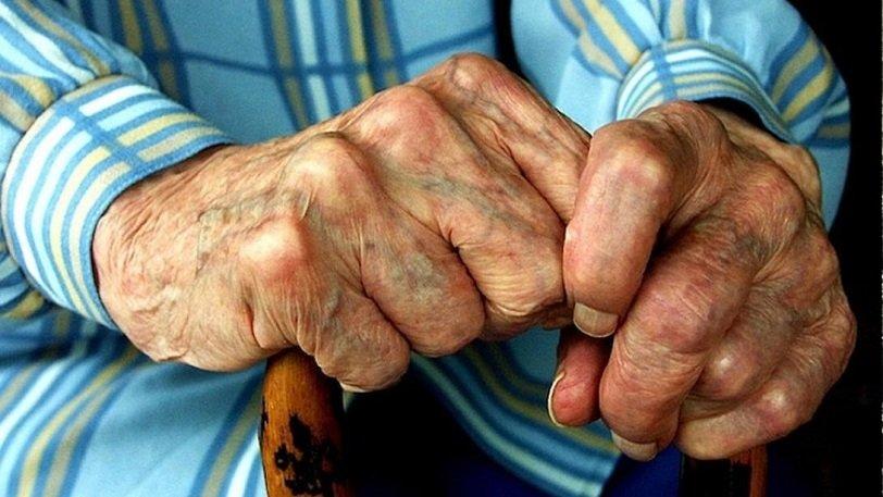 Βόλος: 87χρονος που ασέλγησε σε ανήλικο κορίτσι θα εκτίσει την ποινή του στο σπίτι του